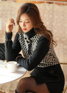 Diamond Pattern Turtleneck Blouse, Styleonme