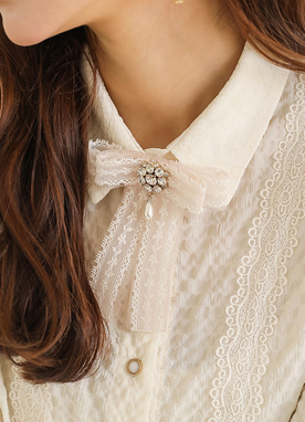 Luxury Cubic Lace Ribbon Brooch, Styleonme