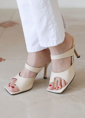 Toe Ring Squared Mule Heels, Styleonme