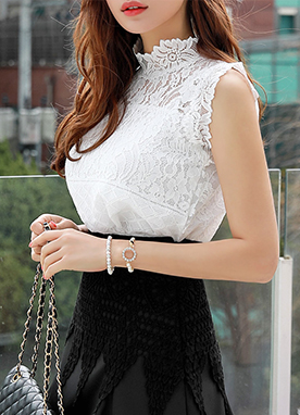 Romantic Floral Lace Sleeveless Blouse, Styleonme
