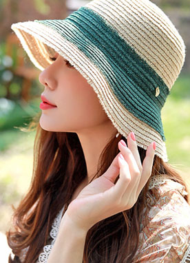 Leaf Charm Color Accent Straw Hat, Styleonme