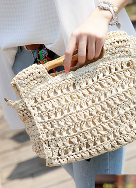 Vacation Rattan Square Bag, Styleonme