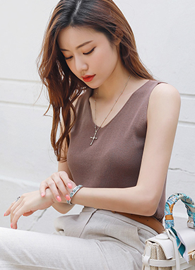 V-Neck Knit Sleeveless Top, Styleonme