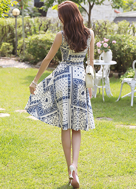 Paisley Print Sleeveless Collared Dress, Styleonme