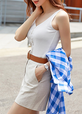 Button-Down V-Neck Sleeveless Knit Top, Styleonme