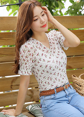 Red Floral Print Dot Blouse, Styleonme