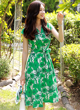 Green Floral Print Flared Tailored Dress, Styleonme