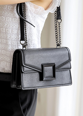 Squared Modern Chained Bag, Styleonme