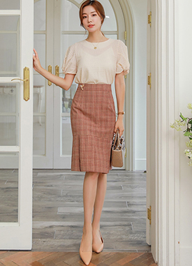Pearl Brooch Check Pleated Skirt, Styleonme