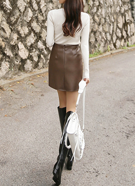 Leather mini skirt with pocket detail, Styleonme