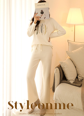 Soft Jumper with Golden Leaves Embroidery, Styleonme