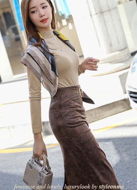 Slim fit Python Leather Pencil Skirt, Styleonme