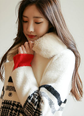 Check Line Point Fur Collar Knit Coat, Styleonme