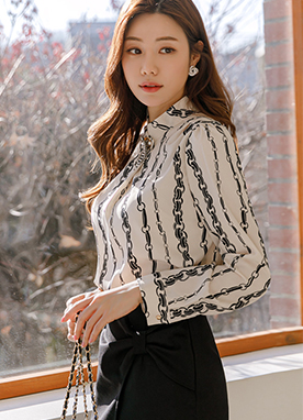 Chain Printed Pintuck Shirred Blouse, Styleonme