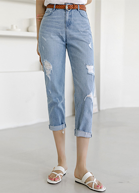 Semi Loose fit Frayed Roll up Jeans, Styleonme
